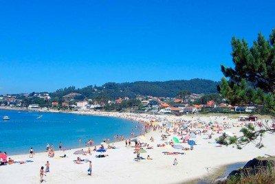 optimismo para buscar una alianza en la playa